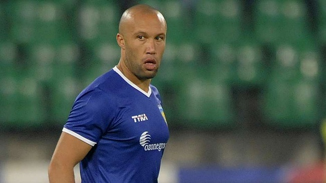 mikael-silvestre-isl-contract-1431358763
